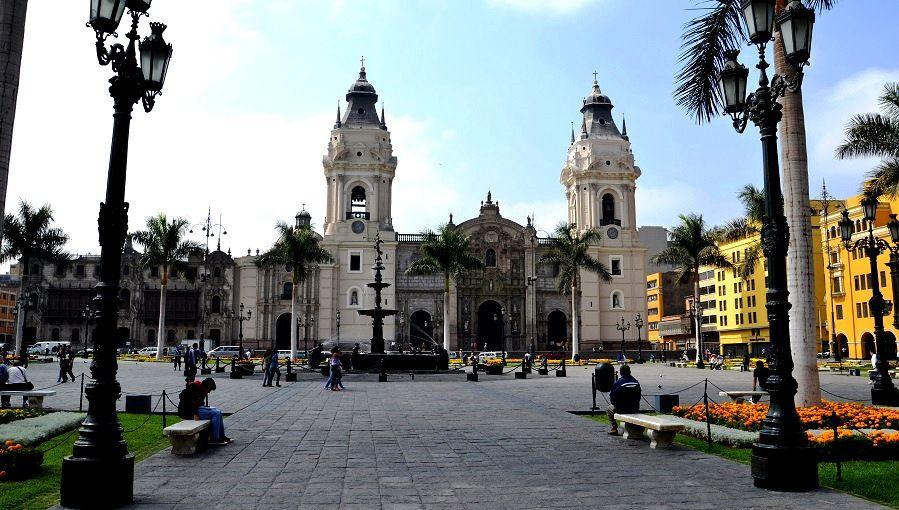 Peru data retention Stalker Law