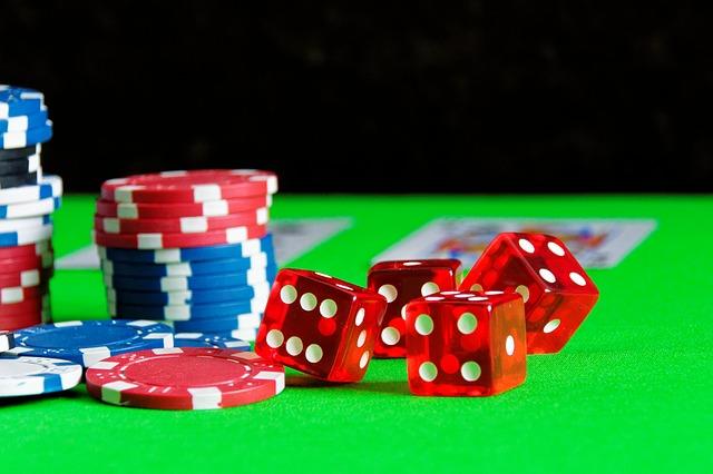 Piracy_gambling